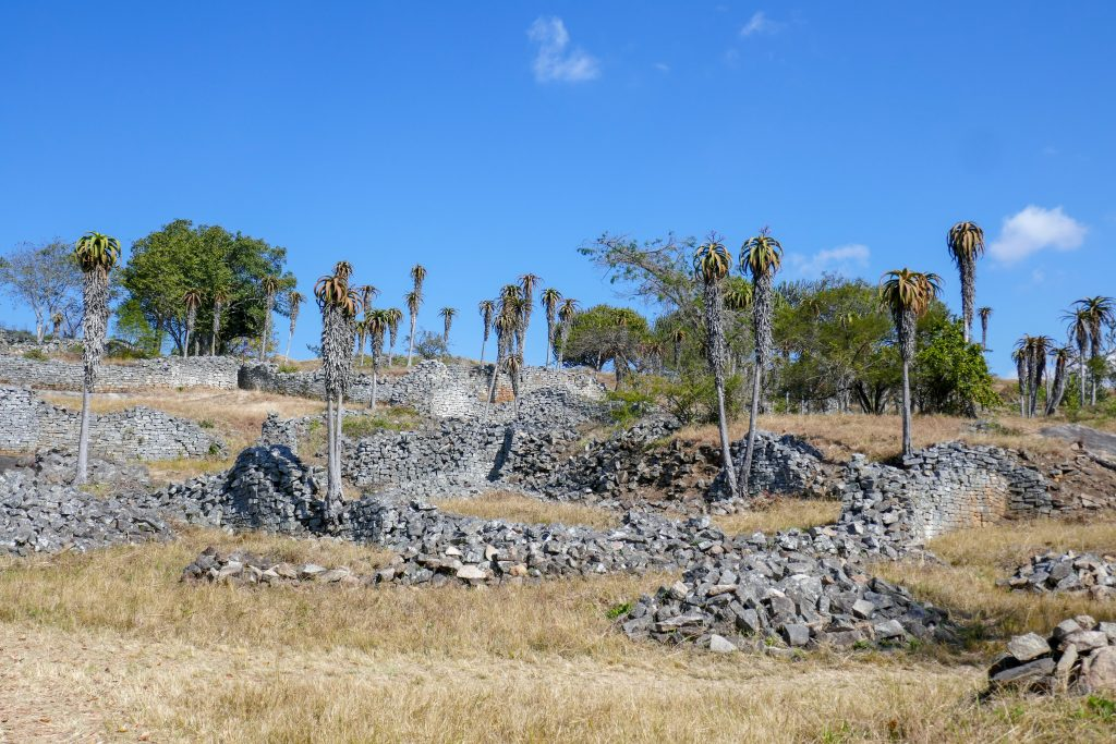Great Zimbabwe ruins - valley ruins