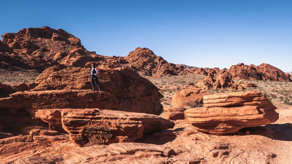 Hiking Valley of Fire State Park Las Vegas Nevada